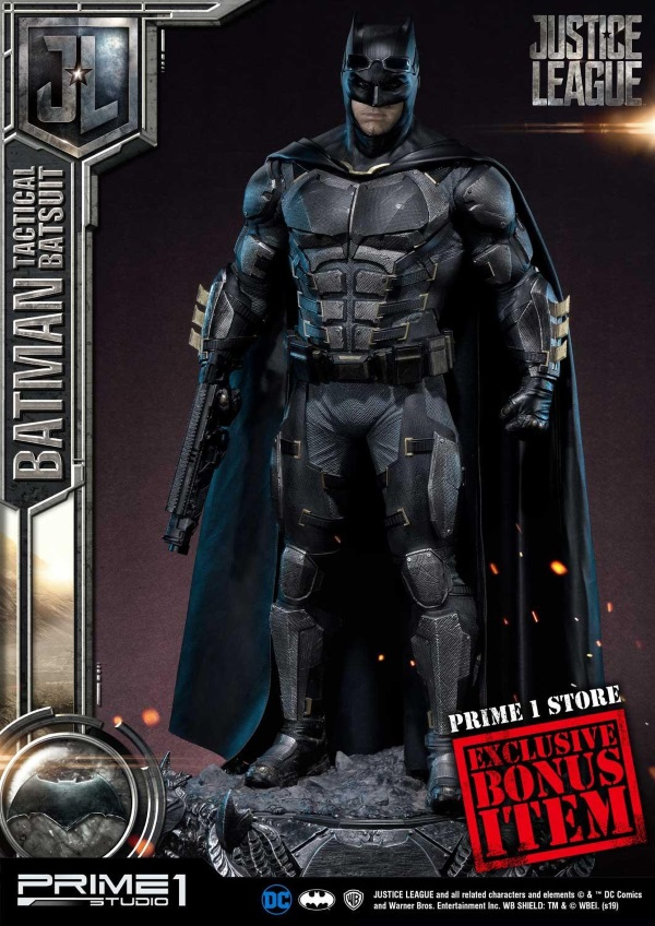 Justice League – Tactical Suit Batman 1/3 scale Statue Justic19