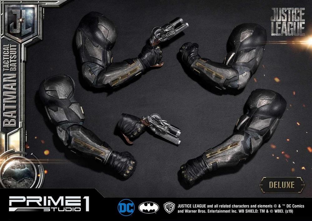 Justice League – Tactical Suit Batman 1/3 scale Statue Justic23