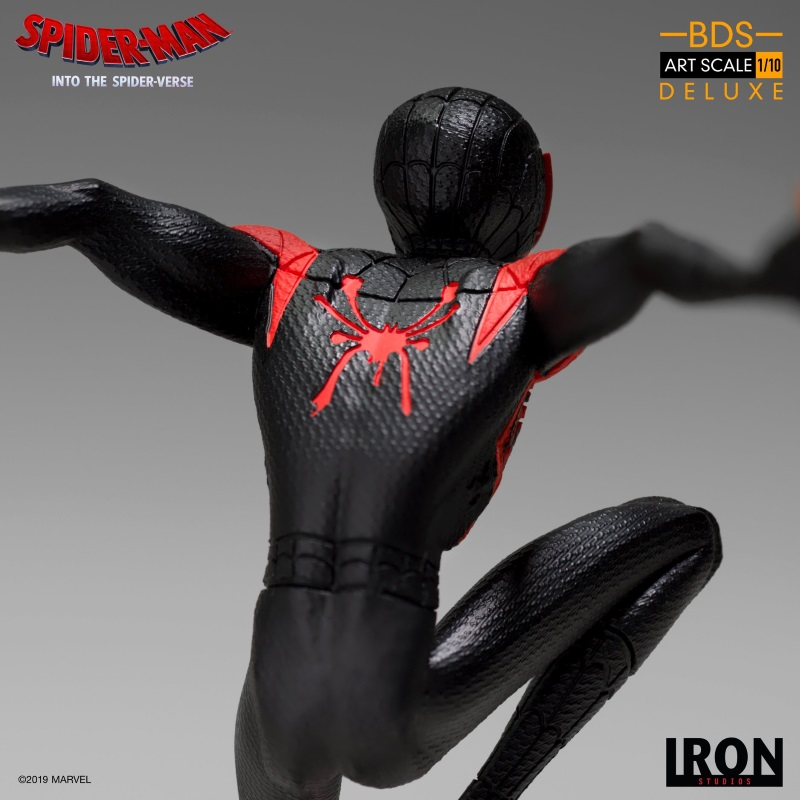 IRON STUDIOS : Spider-Man: Into The Spider-Verse – Miles Morales Spider-Man Statue Miles_17