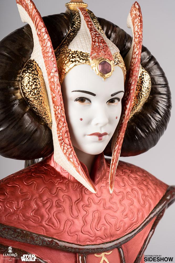 Lladró : Star Wars - Queen Amidala in Throne Room Porcelain Figurine Queen-10