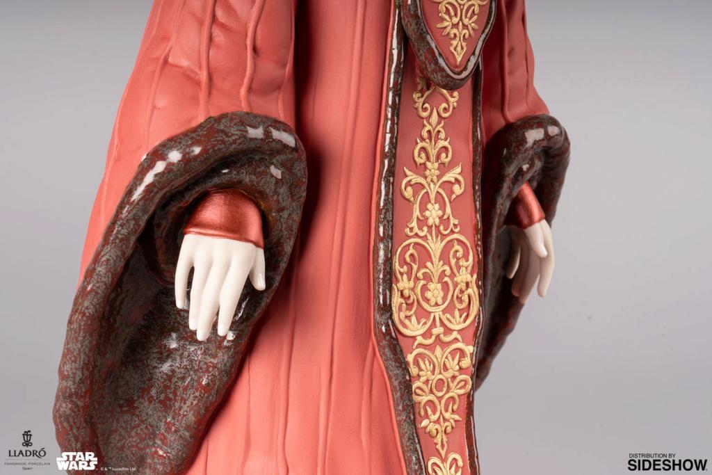 Lladró : Star Wars - Queen Amidala in Throne Room Porcelain Figurine Queen-14