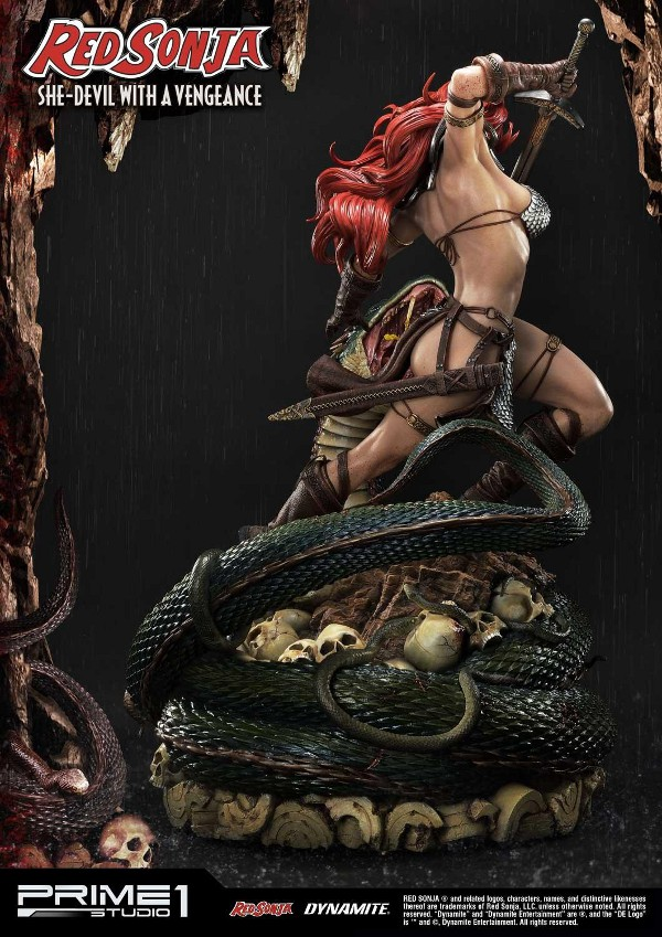 RED SONJA - She-Devil with a Vengeance 1/3 scale deluxe statue Red_so14