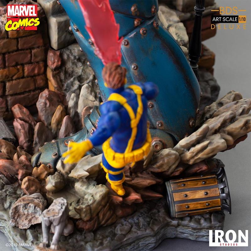 IRON STUDIOS : X-Men vs Sentinel 1/10 Scale Deluxe Statue Sentin49