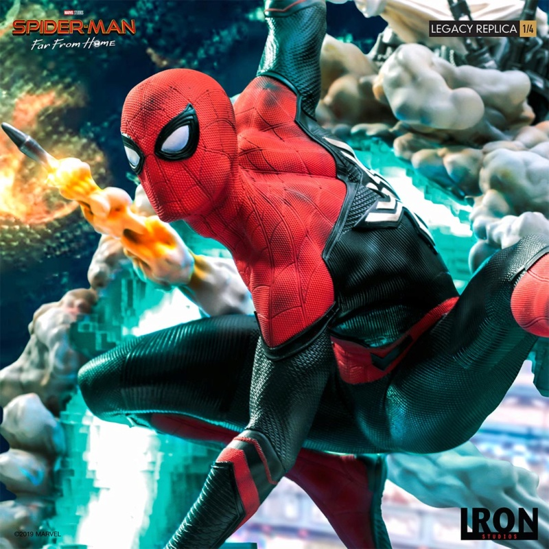 IRON STUDIOS : Spider-Man: Far From Home – 1/4 Scale Spider-Man Legacy Replica Statue Spider59