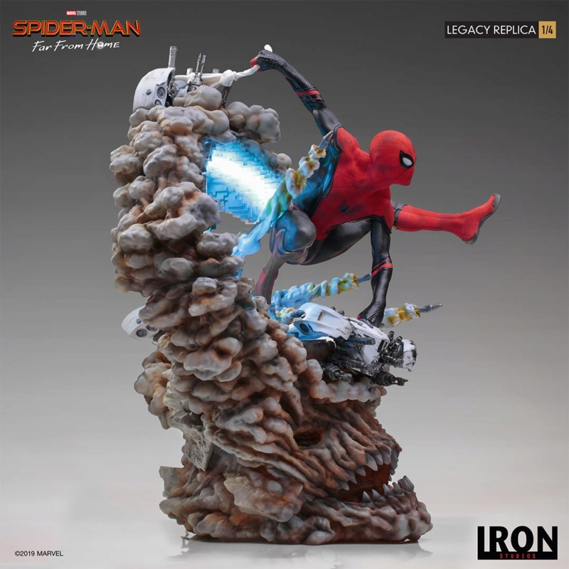 IRON STUDIOS : Spider-Man: Far From Home – 1/4 Scale Spider-Man Legacy Replica Statue Spider64