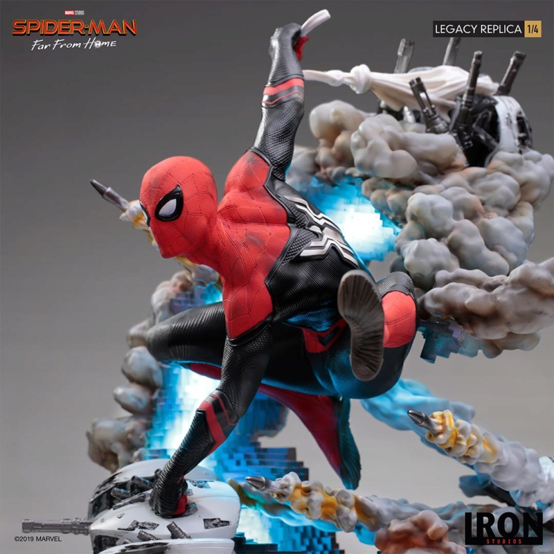 IRON STUDIOS : Spider-Man: Far From Home – 1/4 Scale Spider-Man Legacy Replica Statue Spider66