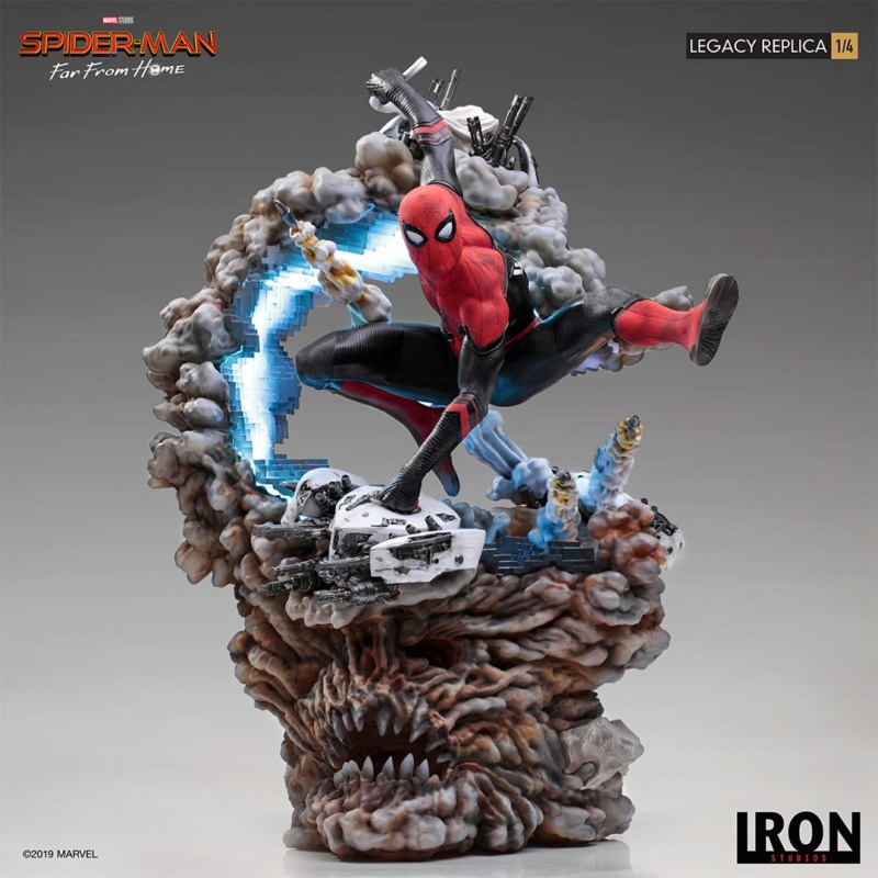 IRON STUDIOS : Spider-Man: Far From Home – 1/4 Scale Spider-Man Legacy Replica Statue Spider67