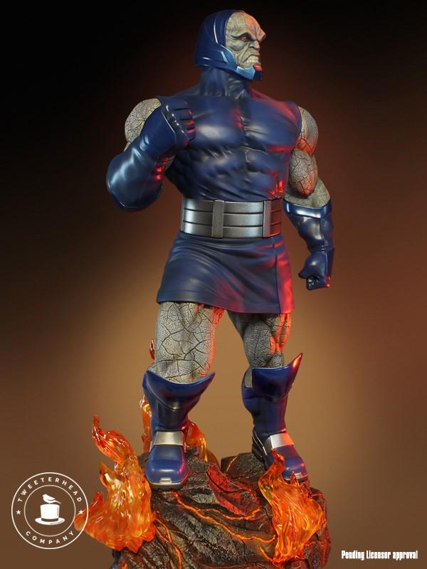 Super Powers Collection : Darkseid 1/6 Scale Statue Tweete31