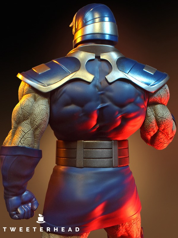 Super Powers Collection : Darkseid 1/6 Scale Statue Tweete36