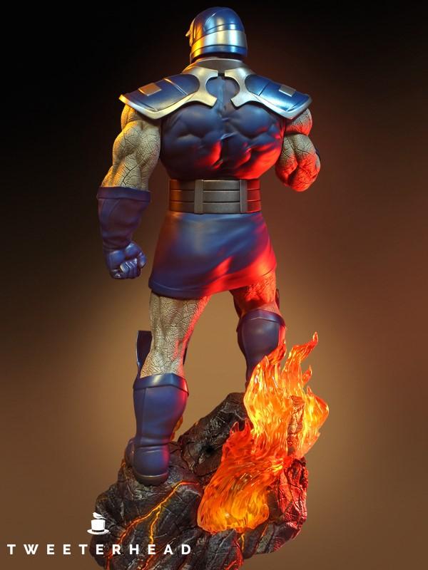 Super Powers Collection : Darkseid 1/6 Scale Statue Tweete37