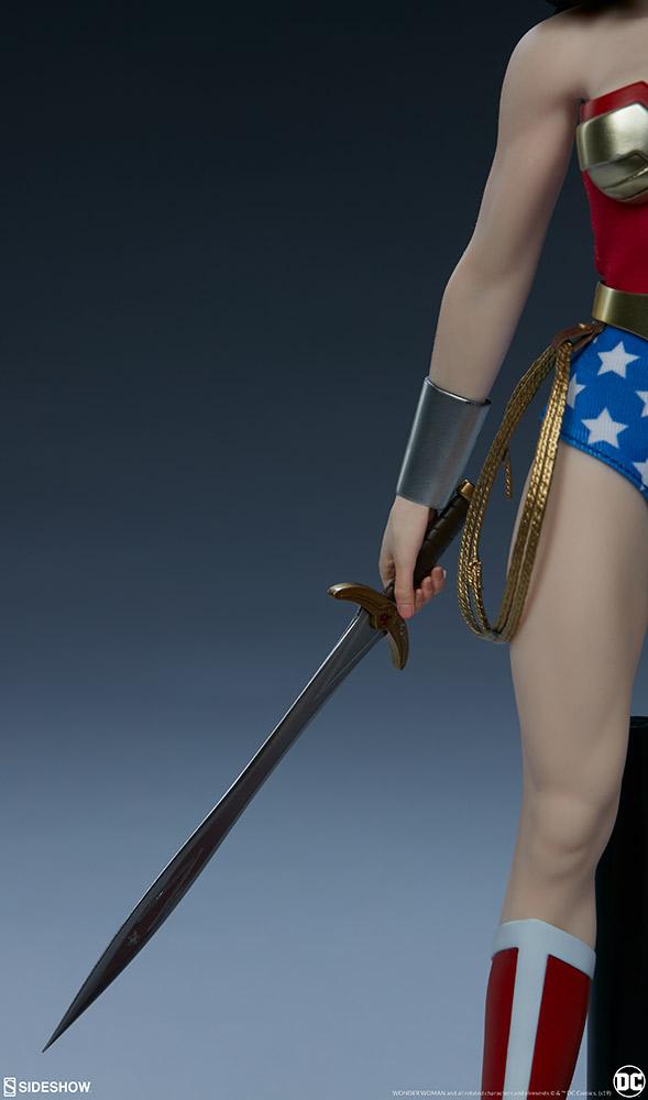 Wonder Woman Sixth Scale Figure Wonder22