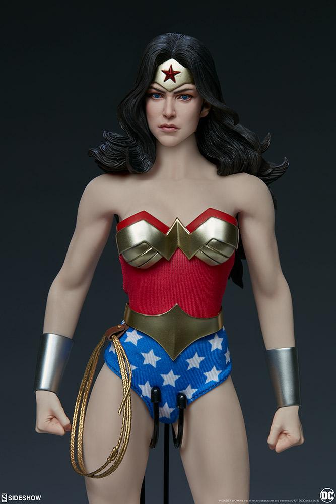 Wonder Woman Sixth Scale Figure Wonder30