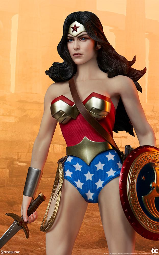 Wonder Woman Sixth Scale Figure Wonder31