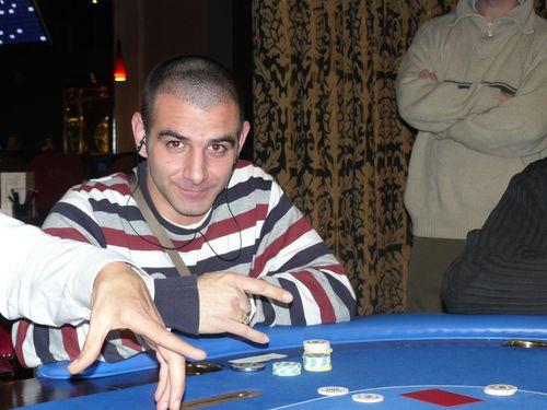 Photos de la manche 2 du ch live 1 (5 décembre 2008) Alex10