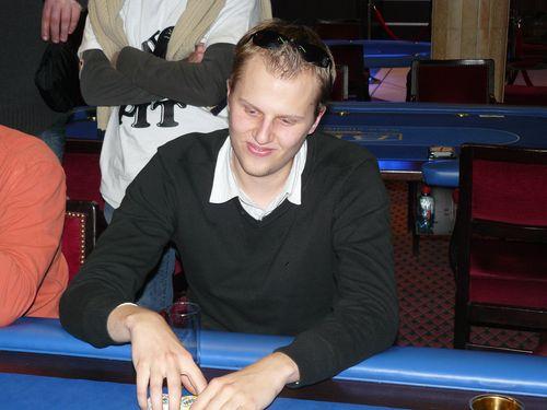 Photos de la manche 2 du ch live 1 (5 décembre 2008) Eclipt10