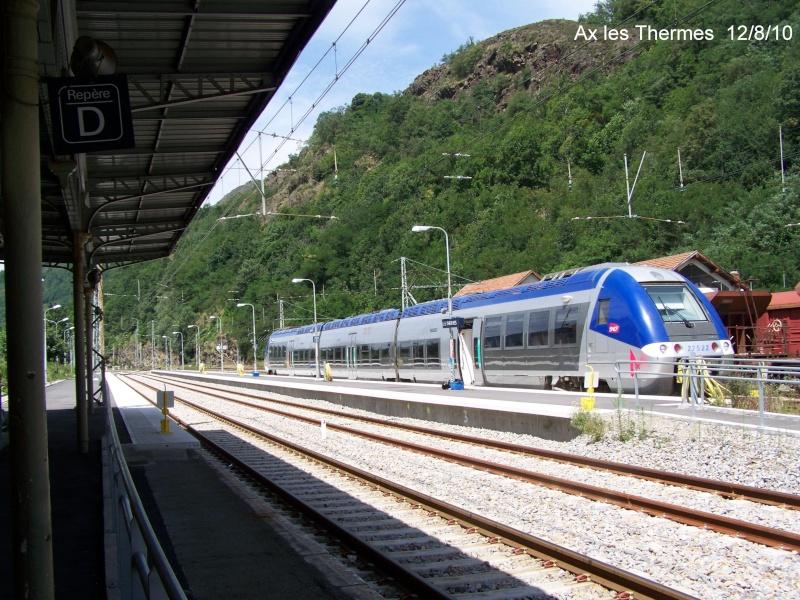 Pk 123,3 : Gare d' Ax-les-Thermes  (09) - ZGC à quai 20100811