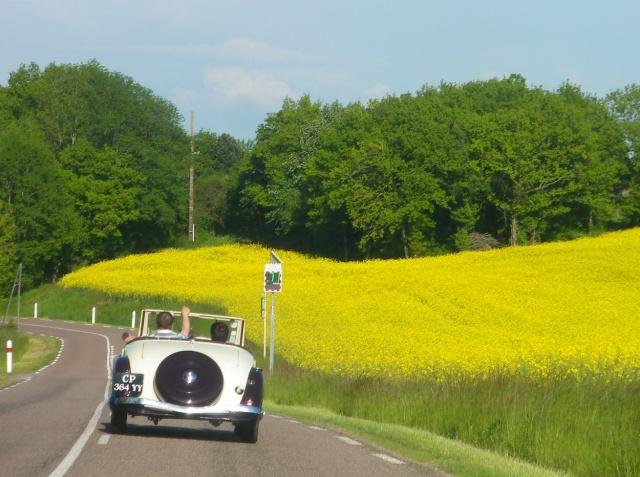 Rallye des Carrosseries Spéciales de Traction en Bourgogne Cab_7_24