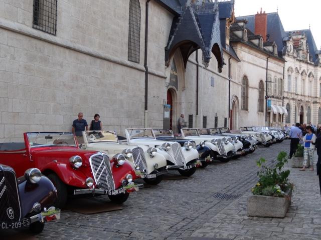 Rallye des Carrosseries Spéciales de Traction en Bourgogne Cccs_212