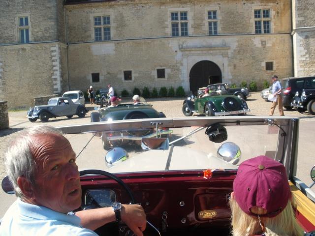 Rallye des Carrosseries Spéciales de Traction en Bourgogne Domain12