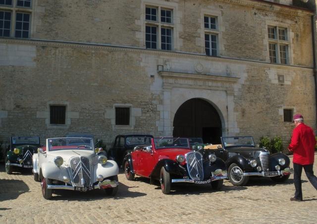 Rallye des Carrosseries Spéciales de Traction en Bourgogne Domain13