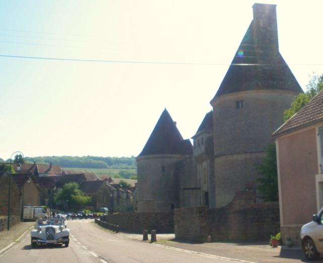 Rallye des Carrosseries Spéciales de Traction en Bourgogne Imgp1723