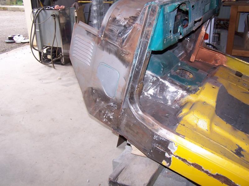 CJ 7 sur chassis mercedes et V8 mercos 100_2216