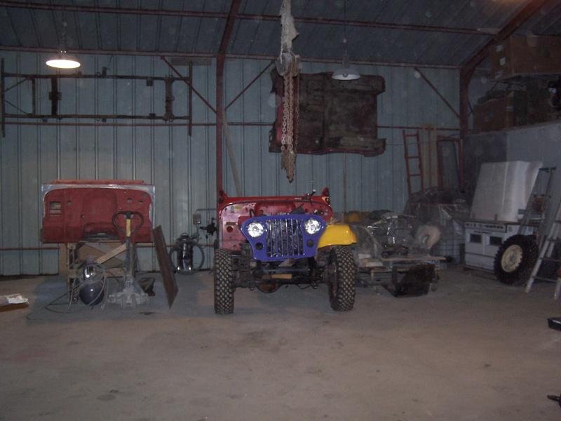 CJ 7 sur chassis mercedes et V8 mercos 100_2326