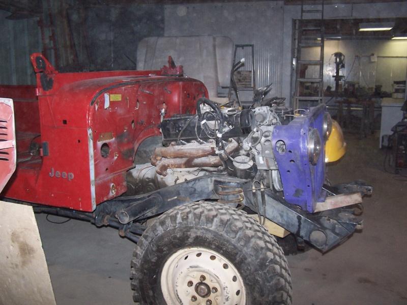 CJ 7 sur chassis mercedes et V8 mercos 100_2327