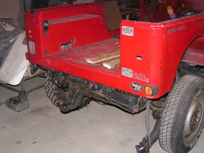 CJ 7 sur chassis mercedes et V8 mercos 13_dec10