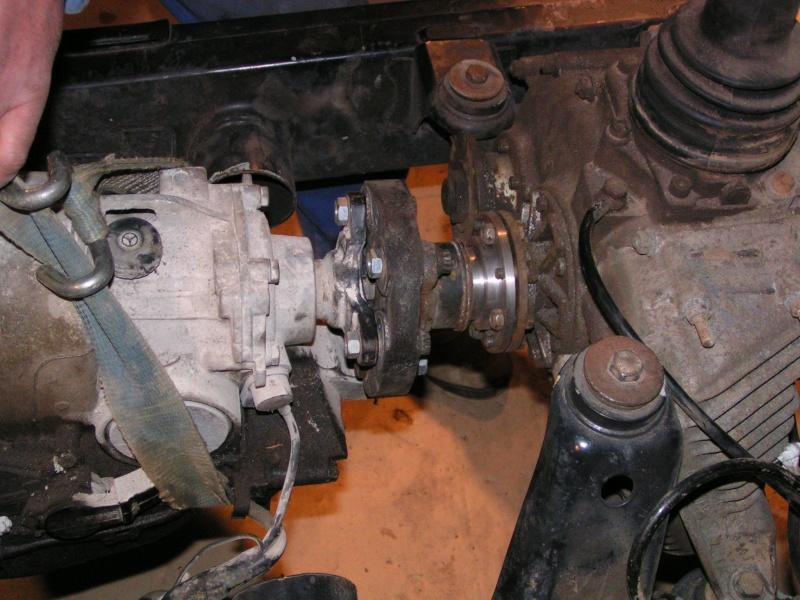 CJ 7 sur chassis mercedes et V8 mercos 21_dec13