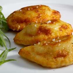 Ravioles aux pleurotes, soupe de potiron à l'huile truffée Logo10