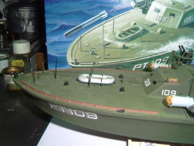le PT-109 par l'ancien au 1/72ème - revell Pict0030