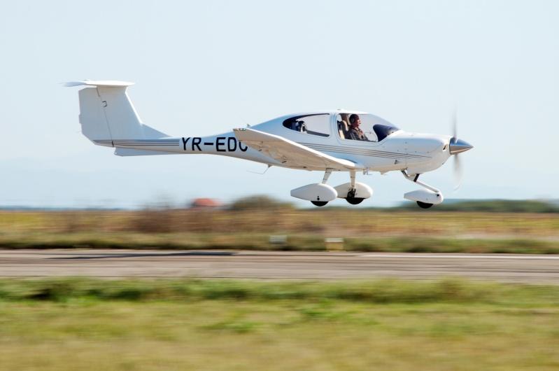 Miting aviatic Satu-Mare - 19 octombrie 2008 Dsc_1813
