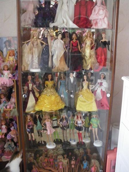 Ma collection de poupées Barbies - Page 5 Imgp1173