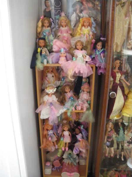 Ma collection de poupées Barbies - Page 5 Imgp1174
