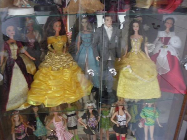 Ma collection de poupées Barbies - Page 5 Imgp1211