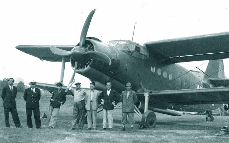 Antonov An-2 - Pagina 6 Yr-an10