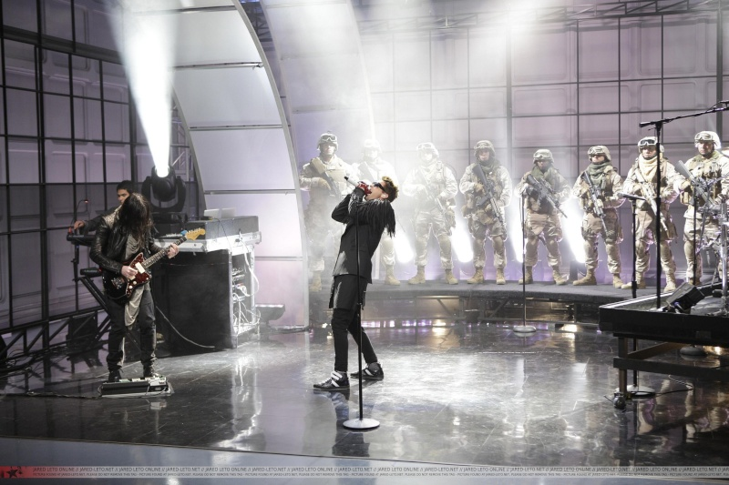 30 seconds to mars chez Jay Leno, le 13 janvier reporté au 18 Février 2011 00210