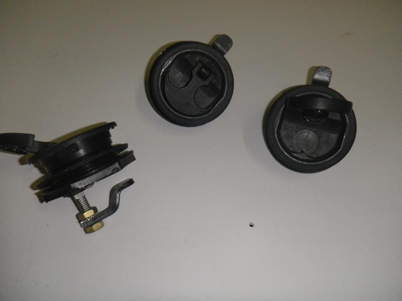 Quelques bricoles pour l'équipement d'un bateau Imgp1118