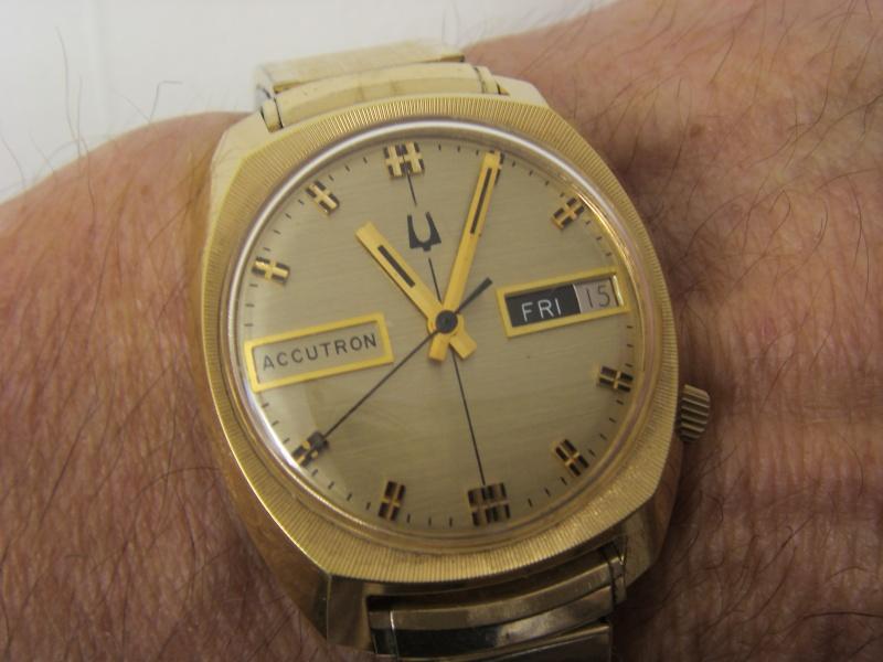 BULOVA Accutron NOS 1974 21810