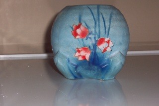 Globe Vase -two styles two sizes 36 and unknown  Jess_a18