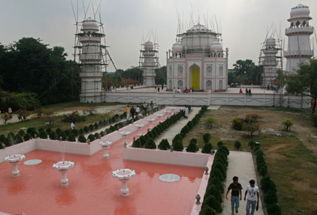 Taj Mahal In Bangladesh! Xinsrc10