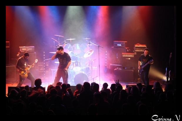 mon homme et son groupe en concert le 22 nov 2008 K310