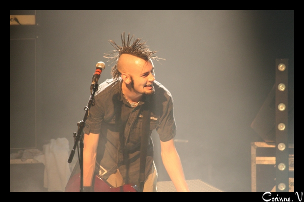 mon homme et son groupe en concert le 22 nov 2008 Ultra512