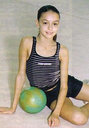 Les gymnastes lorsqu'elles étaient très jeunes 37832210