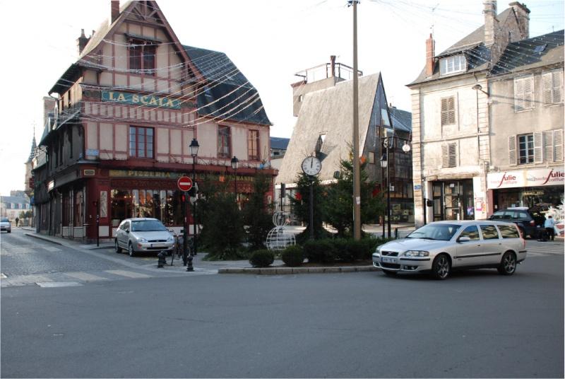Bourges ma ville et ses secrets Dsc_0025