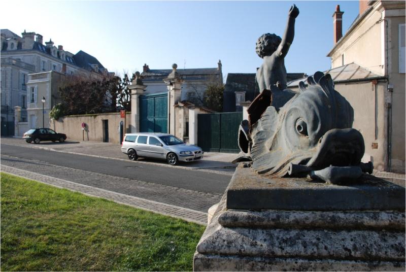 Bourges ma ville et ses secrets Dsc_0033