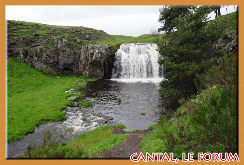 La cascade des Veyrines (Allanche) Dsc_6410