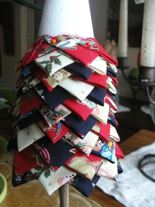 Sapin de nOÊL en patchwork pour décorer vôtre table Kif_2413