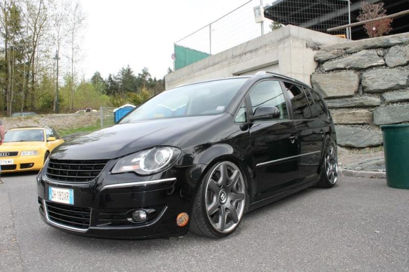 [ VW ] TOURAN 43185510